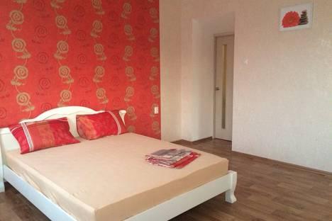 Сдается 2-комнатная квартира посуточно в Ильичёвске, переулок Хантадзе, 3.