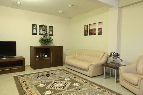 Сдается 3-комнатная квартира посуточнов Воронеже, улица Моисеева, 9А.