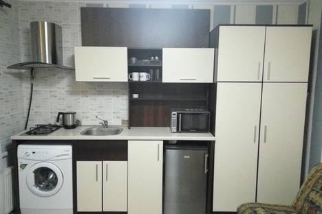 Сдается 1-комнатная квартира посуточнов Казани, Чистопольская улица, 72.