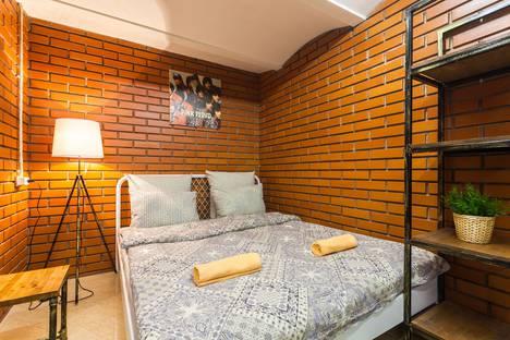Сдается 1-комнатная квартира посуточнов Санкт-Петербурге, Ковенский переулок, 9 №2.