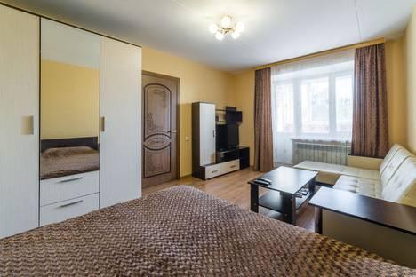 Сдается 1-комнатная квартира посуточнов Ярославле, ул. Павлова,  д.5 корп.2.