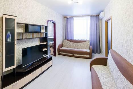 Сдается 2-комнатная квартира посуточно в Новосибирске, проспект Карла Маркса, 25.
