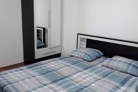 Сдается 3-комнатная квартира посуточно, улица Анна Каландадзе, 8.