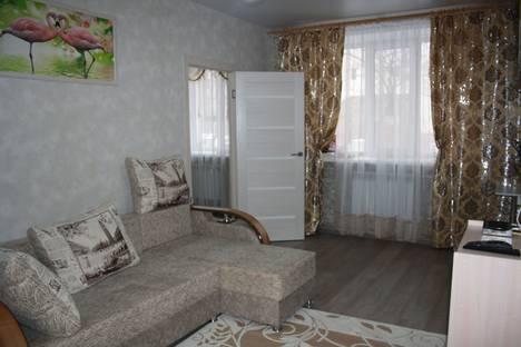 Сдается 2-комнатная квартира посуточно, Студенческая улица, 14.