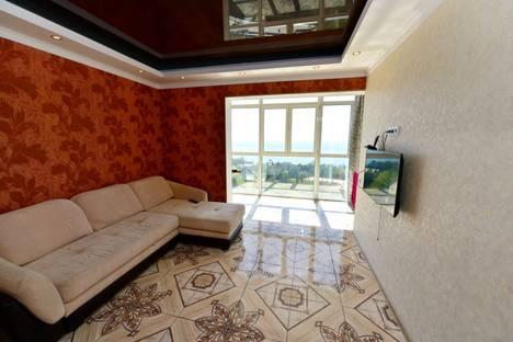 Сдается 1-комнатная квартира посуточнов Сочи, Виноградная 4.