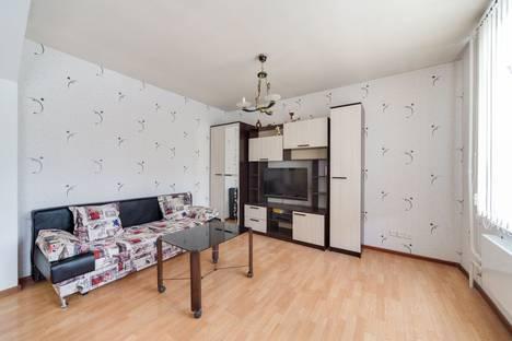 Сдается 2-комнатная квартира посуточнов Ивантеевке, улица Нижняя Масловка, 6 корпус 2.