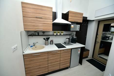 Сдается 1-комнатная квартира посуточнов Сочи, улица Черноморская, 10.