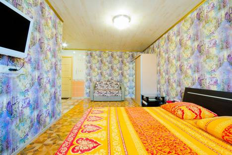 Сдается 1-комнатная квартира посуточно в Ярославле, улица Некрасова, 51А.