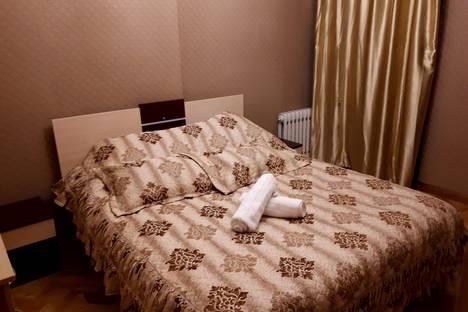Сдается 2-комнатная квартира посуточно в Бишкеке, улица Токтогулова 116.