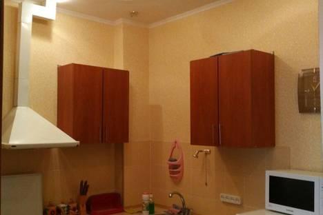Сдается 2-комнатная квартира посуточно, Октябрьская,16.