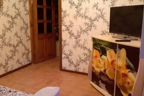Сдается 2-комнатная квартира посуточно в Домбае, Аланская, 25.