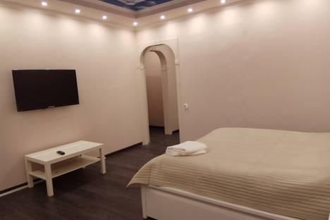 Сдается 1-комнатная квартира посуточнов Ивантеевке, 12-я Новокузьминская улица, 6 корпус 1.