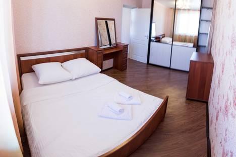 Сдается 2-комнатная квартира посуточнов Тюмени, улица Николая Федорова, 12.