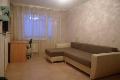 Сдается 2-комнатная квартира посуточно в Нижневартовске, улица Омская, 16.