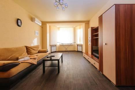 Сдается 2-комнатная квартира посуточно, улица Мира 11.