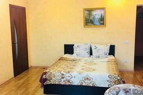 Сдается 2-комнатная квартира посуточно в Волгограде, улица Милиционера Буханцева, 18 строение 1.