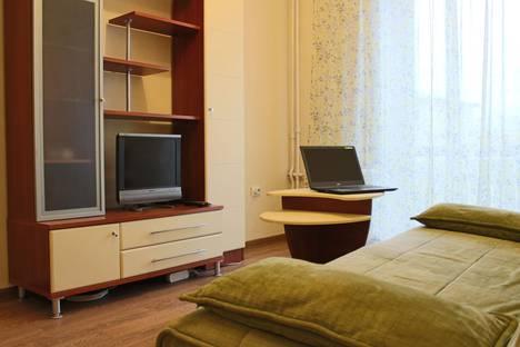 Сдается 2-комнатная квартира посуточно в Дзержинске, проспект Ленина, 68.