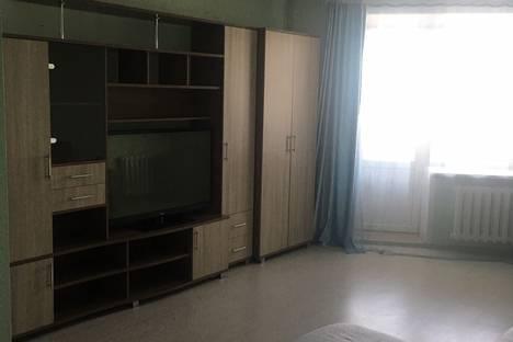 Сдается 1-комнатная квартира посуточно, улица Шилова, 46.