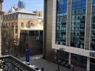 Сдается посуточно 3-комнатная квартира в Баку. 82 м кв. Хатаи проспект, Bak uzeyir qad;ibeyli