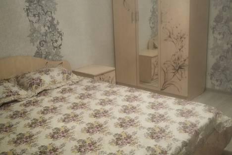Сдается 2-комнатная квартира посуточнов Якутске, улица Короленко, 25.