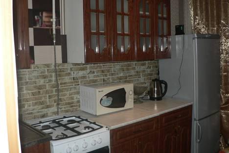 Сдается 2-комнатная квартира посуточно в Горно-Алтайске, Коммунистический проспект, 145.