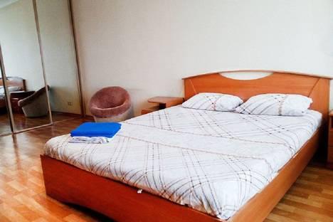 Сдается 1-комнатная квартира посуточно в Красноярске, улица Ленина, 128.