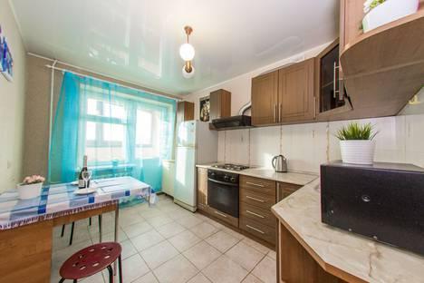 Сдается 1-комнатная квартира посуточно, улица Черниковская, 51.