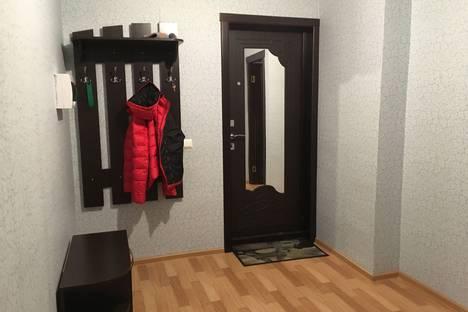 Сдается 2-комнатная квартира посуточнов Чайковском, улица Камская, 11.