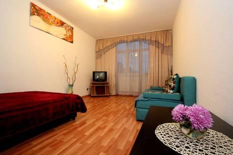 Сдается 1-комнатная квартира посуточнов Екатеринбурге, Союзная улица, 27.