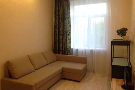 Сдается 1-комнатная квартира посуточнов Омске, улица Богдана Хмельницкого, 166.