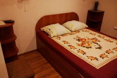 Сдается 1-комнатная квартира посуточно в Тарко-Сале, Пуровск, улица Молодежная.