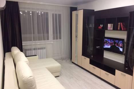Сдается 1-комнатная квартира посуточно в Липецке, улица Космонавтов, д.14/2.