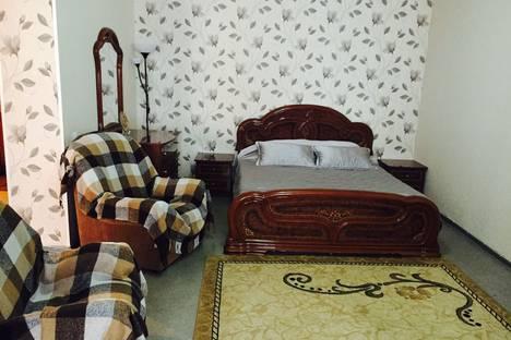 Сдается 1-комнатная квартира посуточно в Ханты-Мансийске, улица Чехова, 27а.