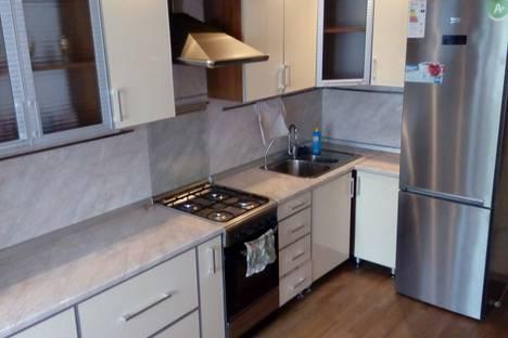 Сдается 1-комнатная квартира посуточно в Альметьевске, ул.Лениа 73.