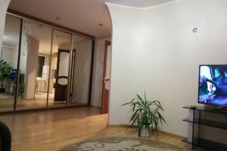 Сдается 1-комнатная квартира посуточно в Борисове, бульвар Комарова.