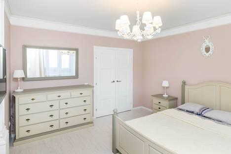 Сдается 1-комнатная квартира посуточно в Тюмени, улица Мельникайте, 138.
