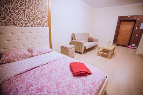 Сдается 1-комнатная квартира посуточно в Уфе, улица Октябрьской Революции, 23.