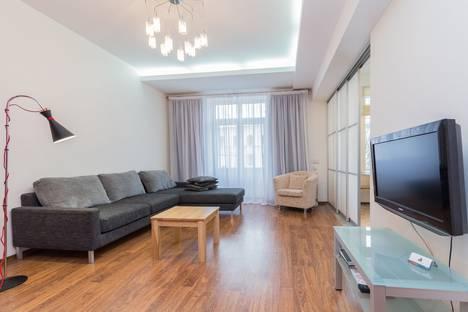 Сдается 3-комнатная квартира посуточно в Минске, улица Ленина, 3.