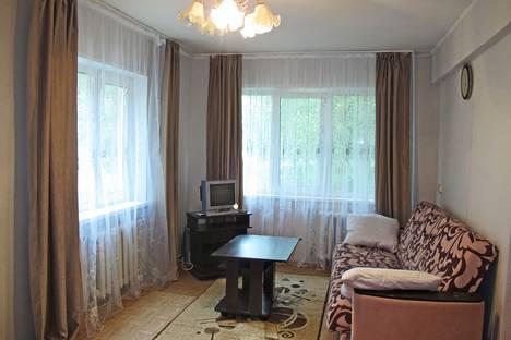 Сдается 1-комнатная квартира посуточно в Красноярске, проспект имени газеты Красноярский Рабочий, 179.