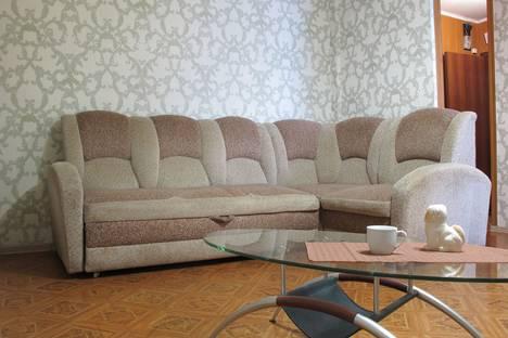 Сдается 2-комнатная квартира посуточно в Красноярске, проспект имени газеты Красноярский Рабочий, 183.