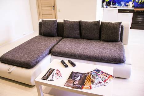 Сдается 1-комнатная квартира посуточно в Волгограде, проспект город К. Жукова, 5.