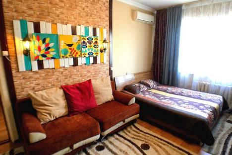 Сдается 1-комнатная квартира посуточно в Алматы, улица Пушкина 28 - Макатаева.