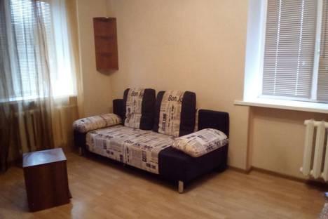 Сдается 1-комнатная квартира посуточно, Козловская улица.