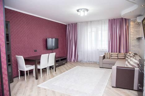 Сдается 3-комнатная квартира посуточнов Санкт-Петербурге, Коломяжский проспект, 26.