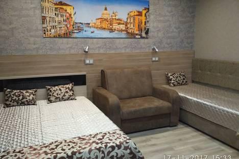 Сдается 1-комнатная квартира посуточно в Нижнекамске, улица Мира, 95а.