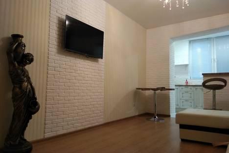Сдается 2-комнатная квартира посуточно в Химках, Уфа, улица Маяковского, 11.
