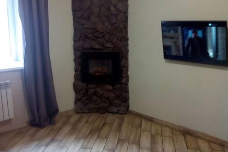 Сдается 2-комнатная квартира посуточно в Абакане, Торосова9.