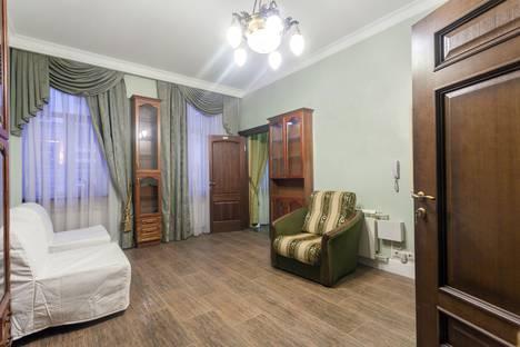 Сдается 2-комнатная квартира посуточнов Санкт-Петербурге, Херсонская улица, 10.