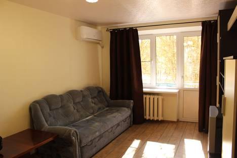 Сдается 1-комнатная квартира посуточно в Новочеркасске, Баклановский проспект, 144.