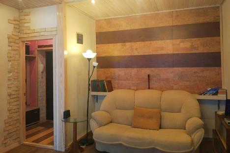 Сдается 2-комнатная квартира посуточно в Орле, Щепная площадь, 12.